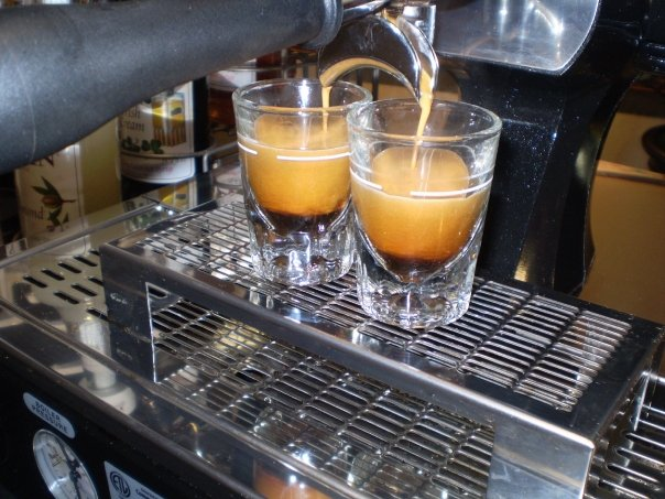 gourmet-espresso-shots-handcrafted-in-italian-tradition
